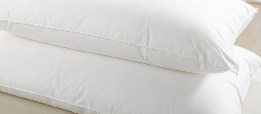 Anti-allergy microfibre cover hollowfibre pillow