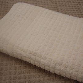 V550 Mosaic Ecru 100% Cotton Bath Mat *Special Offer* (In Single Packs)