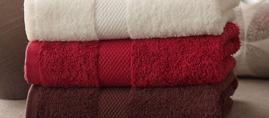 Washing Coloured Towels: Your Guide to Keeping your Coloured Hotel Towels Looking Vibrant