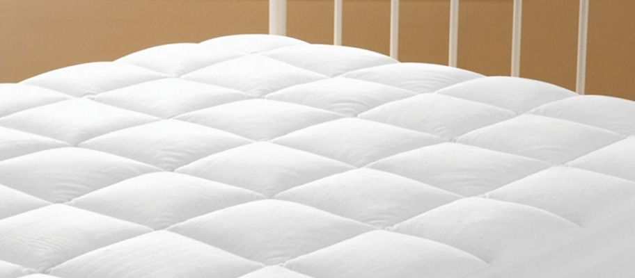What is the difference between a Mattress Topper and Mattress Protector?