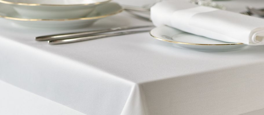Here's Why You Should Use Cloth Table Linens in Your Restaurant